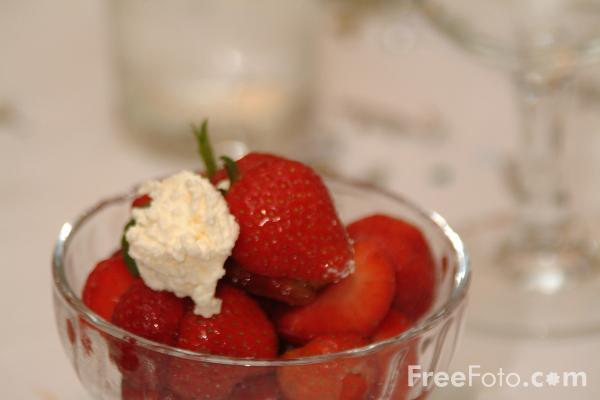 09_23_26---Strawberries-and-Cream_web